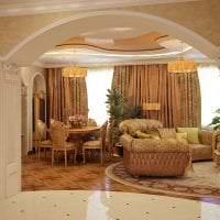 яркая арка в дизайне коридора картинка