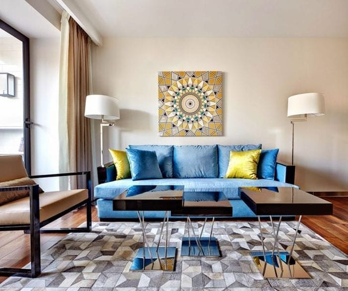 светлый ар деко дизайн гостиной