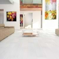 светлый белый пол в стиле гостиной картинка