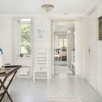 яркий белый пол в стиле квартиры картинка