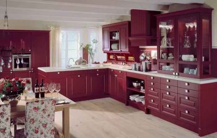 шикарный цвет марсала в стиле кухни