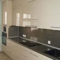 красивый дизайн бежевой кухни в стиле эко фото
