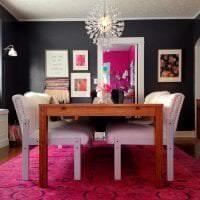 светлый интерьер квартиры в цвете фуксия картинка