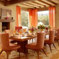 яркий терракотовый цвет в интерьере гостиной картинка