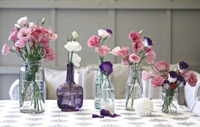 яркий весенний декор в дизайне кухни