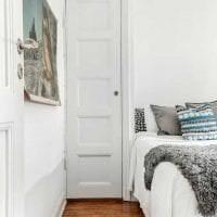 белые стены в декоре прихожей в стиле скандинавия фото