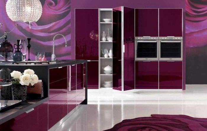 красивый бордовый цвет в дизайне дома