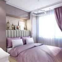 светлый декор коридора в фиолетовом цвете картинка