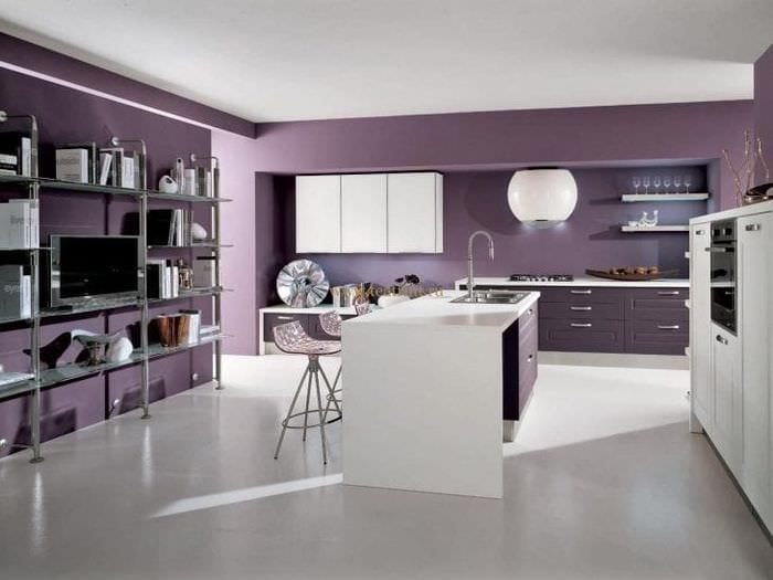современный стиль кухни в фиолетовом цвете
