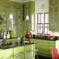 светлый фисташковый цвет в интерьере кухни фото