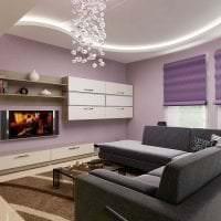 светлый декор спальни в фиолетовом цвете картинка
