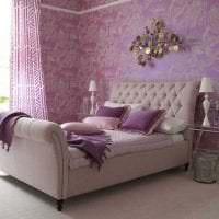 светлый стиль коридора в фиолетовом цвете картинка