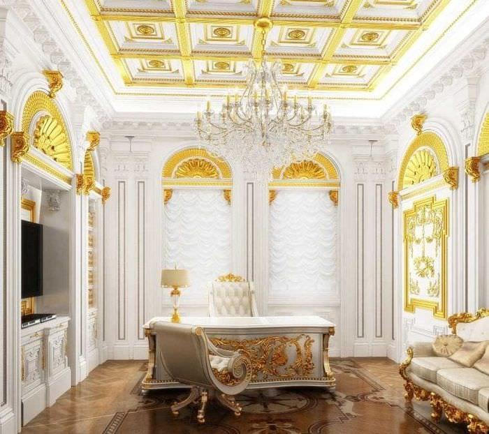 яркий интерьер дома в стиле рокко