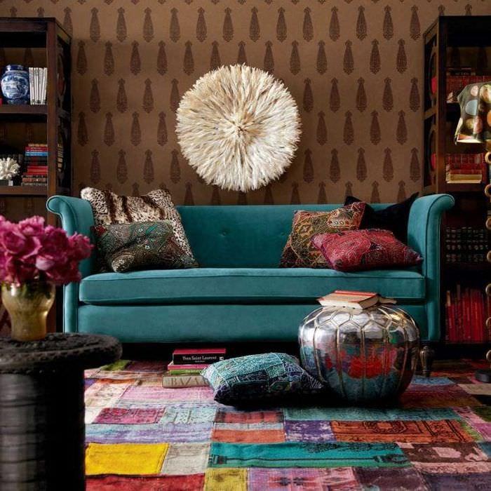 яркий дизайн квартиры в стиле бохо