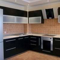 большой холодильник в стиле кухни в белом цвете фото