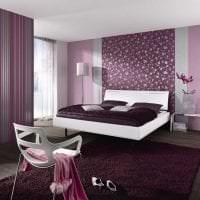 яркий дизайн прихожей в фиолетовом цвете картинка