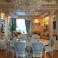светлый декор кухни в стиле барокко фото