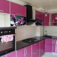 необычный интерьер кухни в фиолетовом оттенке фото