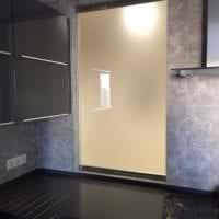 прозрачное стекло в дизайне спальни фото
