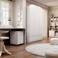 яркая белая мебель в интерьере кухни картинка