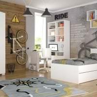 светлая белая мебель в интерьере коридора фото