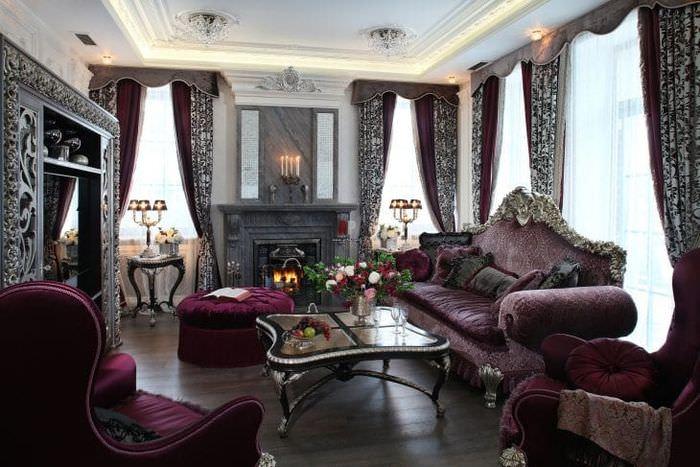 светлый декор квартиры в стиле барокко
