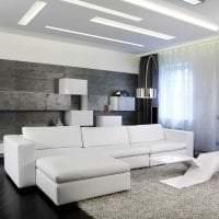 яркая белая мебель в декоре кухни картинка