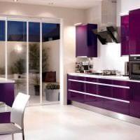 необычный стиль прихожей в фиолетовом цвете фото