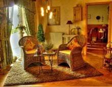 светлый дизайн дома в стиле кантри фото