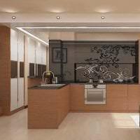 яркий дизайн элитной кухни в стиле классика фото