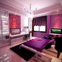 красивый декор коридора в фиолетовом цвете фото