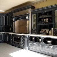 яркий декор элитной кухни в стиле арт деко фото