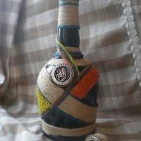 идея оригинального оформления бутылок шпагатом картинка