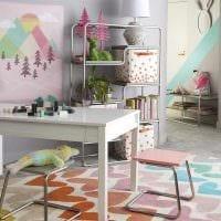 вариант красивого украшения детской комнаты картинка