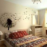 вариант светлого украшения гостиной комнаты своими руками картинка