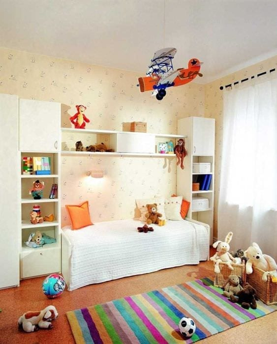 вариант красивого декорирования детской