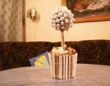 идея светлого декорирования помещения деревом своими руками картинка