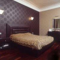 сочетание светлых обоев в декоре гостиной комнаты фото
