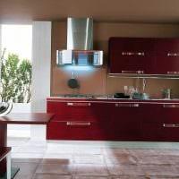 комбинирование темных оттенков в интерьере кухни картинка