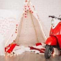 необычное украшение квартиры подручными материалами на день святого валентина картинка