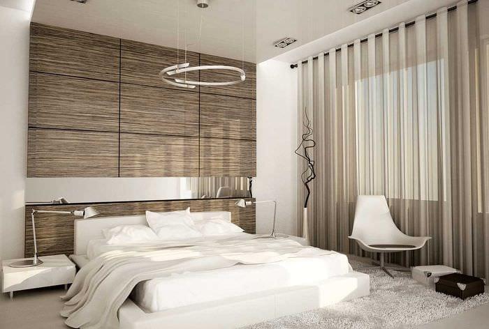 яркий интерьер спальни со стеновыми панелями