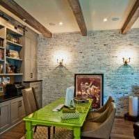 оригинальный интерьер квартиры со стеновыми панелями картинка