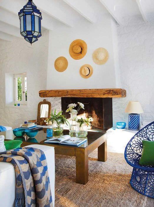 светлый декор комнаты в средиземноморском стиле