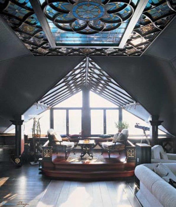 необычный дизайн комнаты в готическом стиле