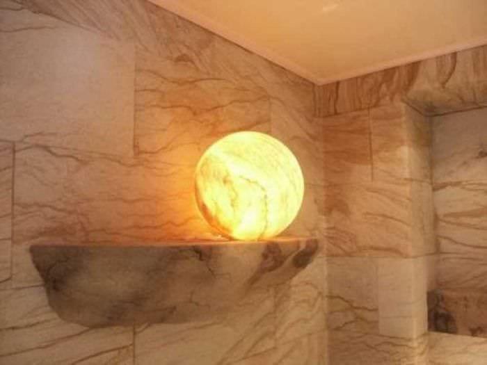красивый гибкий камень в фасаде спальни