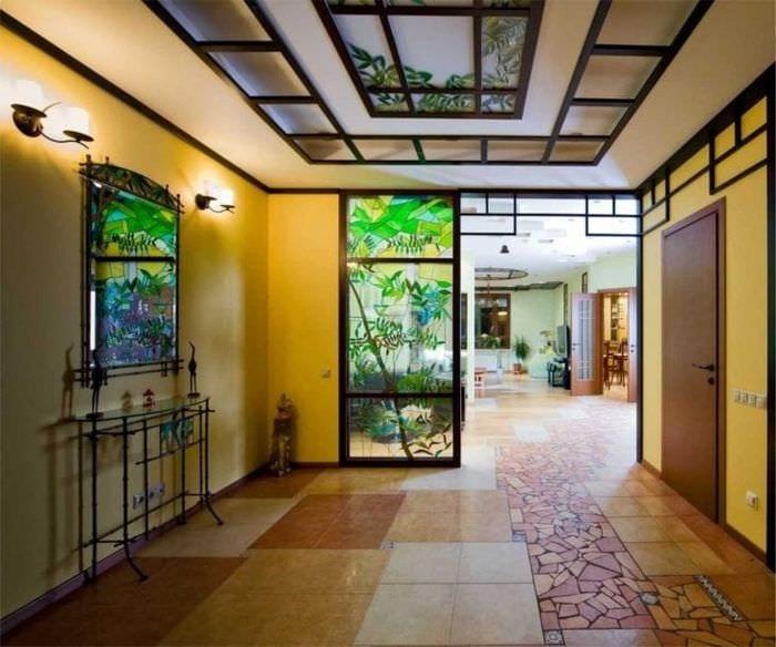 мозаичный витраж в стиле квартиры