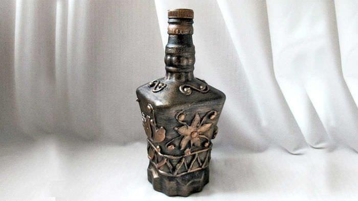 необычное оформление бутылок для стиля комнаты