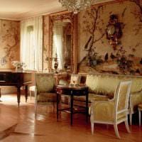 яркий дизайн гостиной в стиле ампир фото