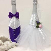 красивое декорирование бутылок шампанского разноцветными ленточками картинка