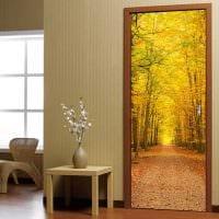 красивое украшение дверей подручными материалами фото
